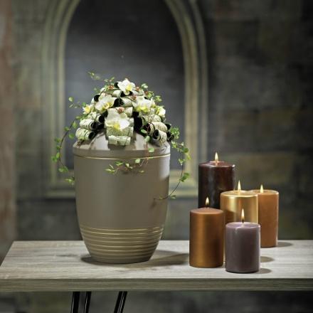 urn lid jewelry with leaf rolls