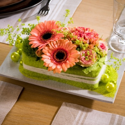 Commercial and fast spring table design